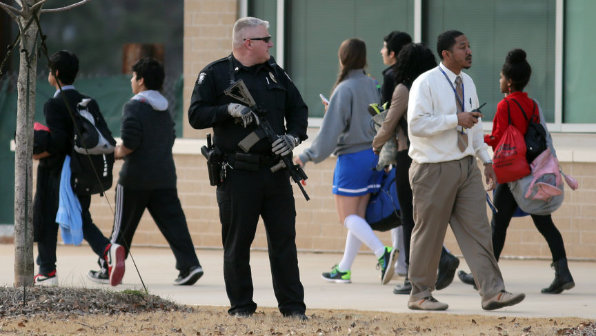 armed guards in schools